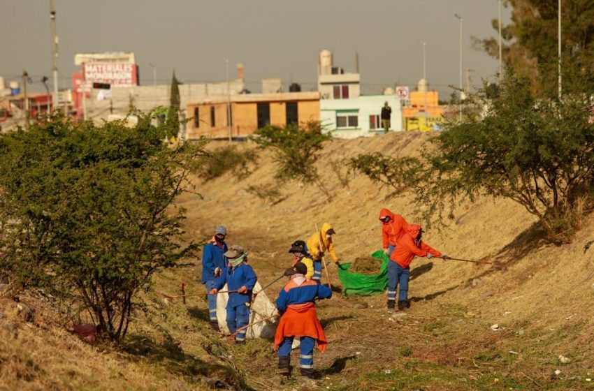 Recolectan más de mil 028 toneladas de residuos de drenes de la capital