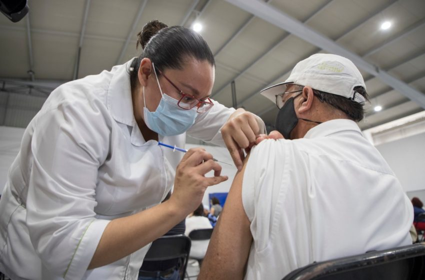 """Alista UAQ """"Eco Vacunatón"""": con reciclaje captarán recursos para vacuna contra COVID"""