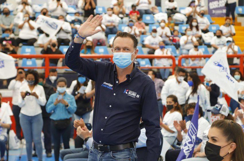 Llama Mauricio Kuri a formar un equipo ganador en San Juan del Río