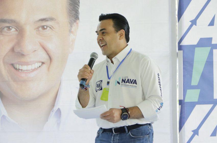 Luis Nava promete crear la Universidad de la Mujer y transporte gratuito para los estudiantes