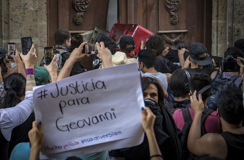 Liberan a policía acusado de detenciones extrajudiciales durante manifestación #JusticiaParaGiovanni