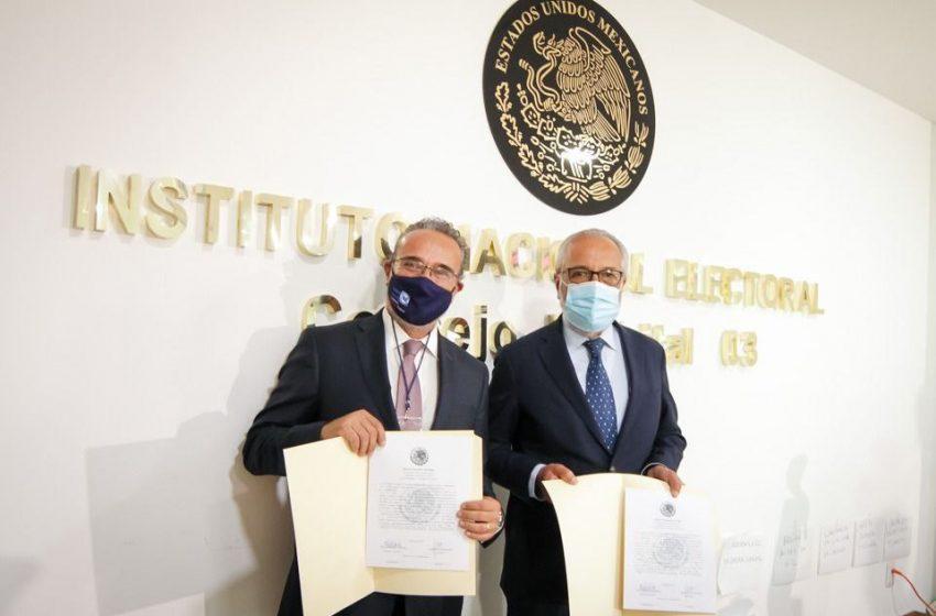 Exgobernador Ignacio Loyola recibe constancia de mayoría como diputado federal