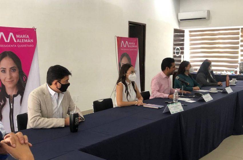 """Ambulantaje, """"una amenaza real"""", asegura María Alemán ante Canaco Querétaro"""