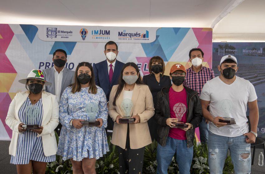 """Entrega municipio de El Marqués """"Premio Municipal a la Juventud El Marqués 2021"""""""