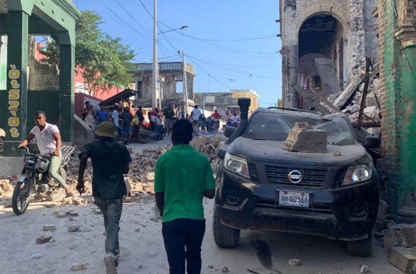 Megaterremoto sacude a Haití