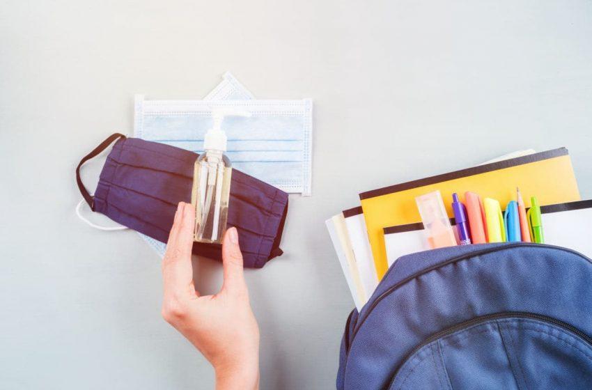 Invita Canaco a padres y madres de familia a comprar útiles en papelerías locales