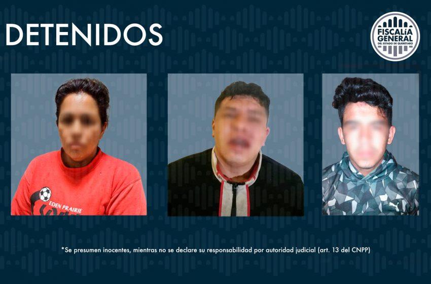 Detienen a 3 presuntos delincuentes relacionados con robo a vehículo