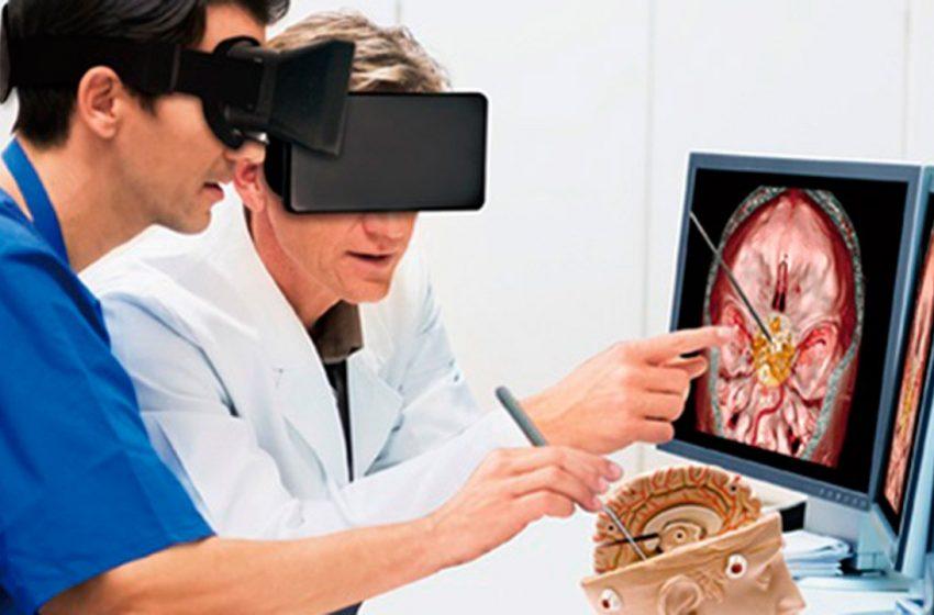 Realidad virtual ralentiza efectos del Alzheimer, destaca especialista