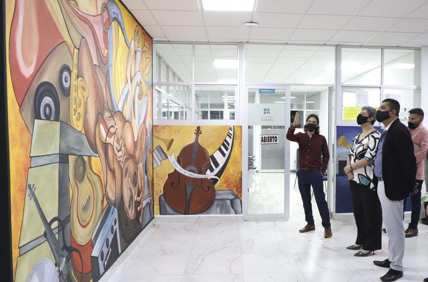 UAQ inaugura murales al interiordel Edificio de la Rectoría