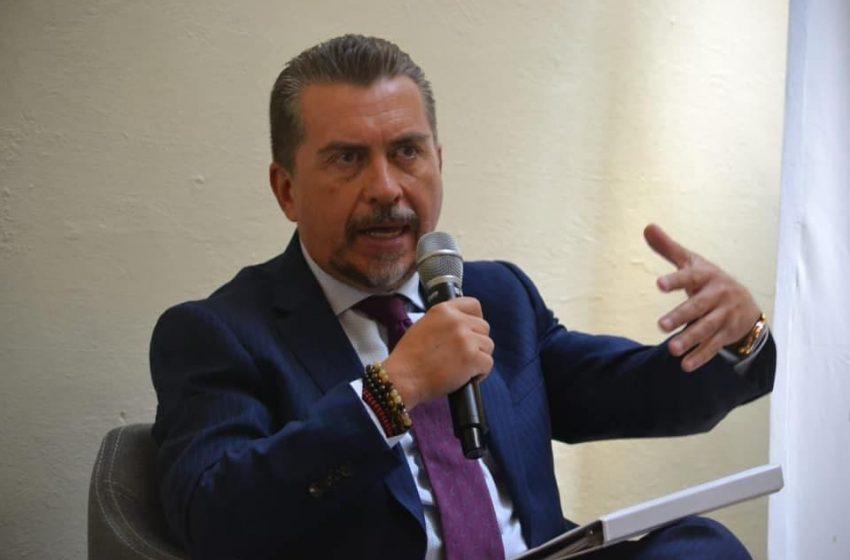 Diputado local Hugo Cabrera presenta Ley de Atención a las Migraciones ante funcionarios mexiquenses