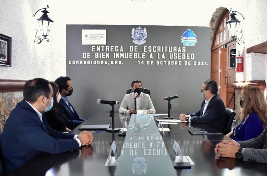 Corregidora dona terreno a Usebeq para construir una secundaria pública