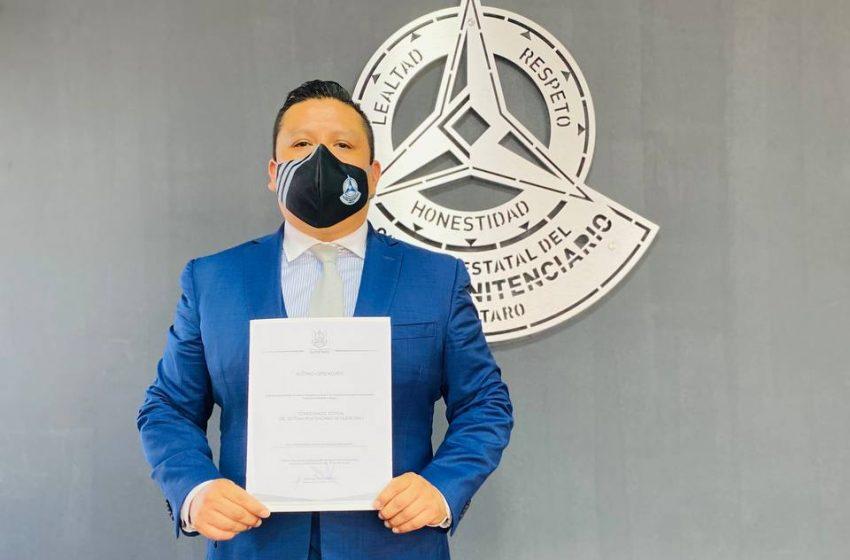 Gustavo López recibe nombramiento como titular de la Comisión Estatal del Sistema Penitenciario