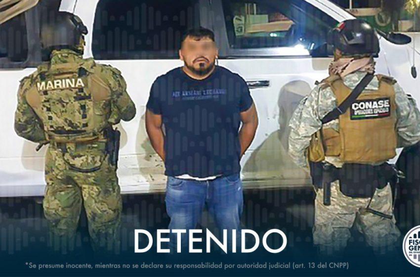 """Cae """"el Rex"""" acusado de huachicoleo, narcomenudeo y robo de autotransportes"""